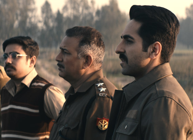 Ayushmann Khurrana shooting in a swamp full of leeches for Anubhav Sinha's Article 15 is redefining dedication and his love for work