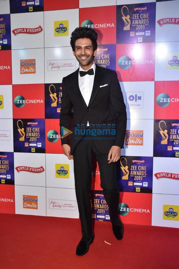 Celebs grace Zee Cine Awards 2019 (9)