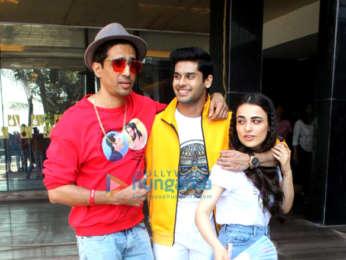 Celebs snapped promoting the film Mard Ko Dard Nahi Hota at Novotel, Juhu