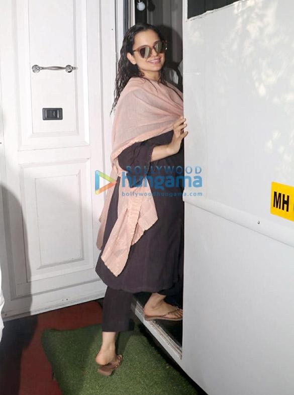 Kangana Ranaut spotted at an ad shoot in Bandra