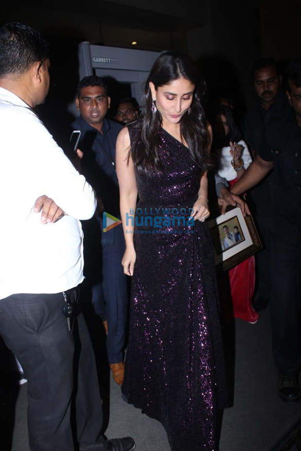Kareena Kapoor Khan snapped at JW Marriott in Juhu (1)