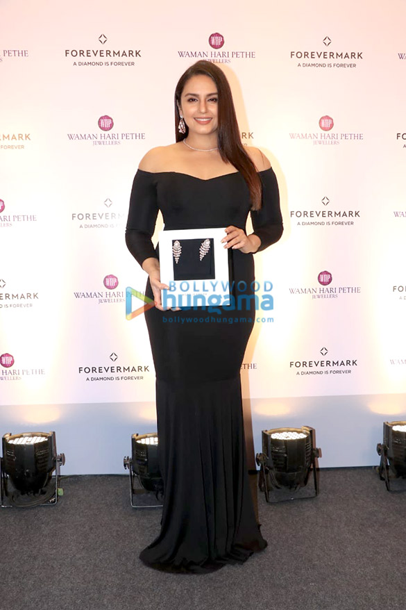 Huma Qureshi graces the launch of the new collection from Forevermark (3)