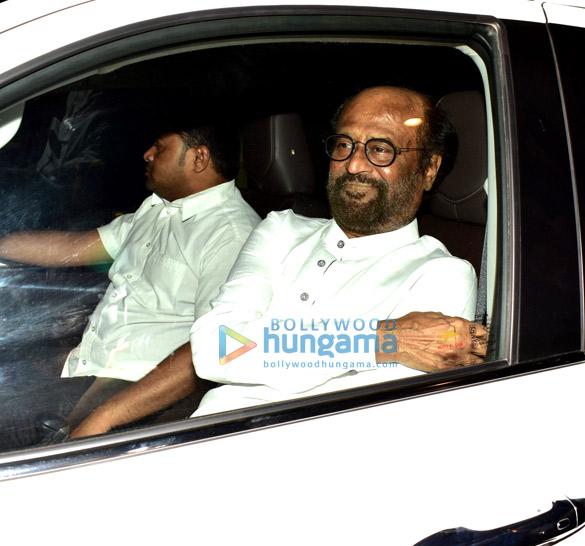 Rajinikanth, Sanya Malhotra and Kartik Aaryan snapped at the airport (6)