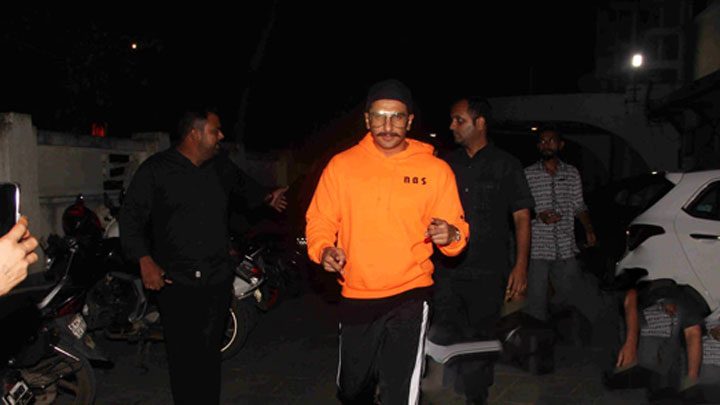 Ranveer Singh SPOTTED at Otters Club, Bandra