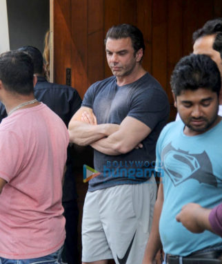Salman Khan's family spotted at Saltwater Cafe in Bandra