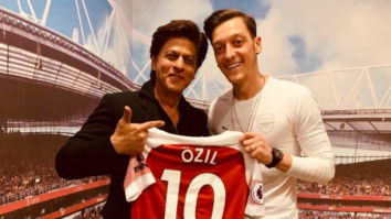 Shah Rukh Khan accepts invitation from Arsenal's Mesut Özil