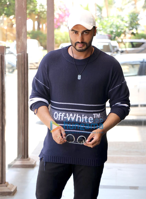 Arjun Kapoor and Rajkumar Gupta snapped promoting their film India's Most Wanted (3)