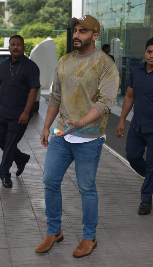 Arjun Kapoor & director Raj Kumar Gupta snapped during India's Most Wanted promotions in Delhi (1)