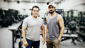 Dabangg 3: Salman Khan and Kiccha Sudeep strike a pose as the latter wraps up his first day