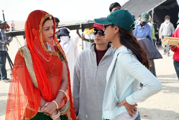 THROWBACK: Ashutosh Gowariker reminisces Jodhaa Akbar days with these BTS photos of Aishwarya Rai Bachchan and Hrithik Roshan