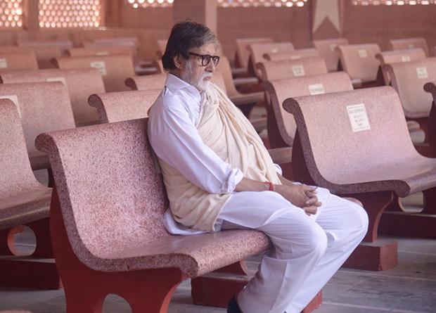 Amitabh Bachchan pens a heartfelt post after the demise of his secretary Sheetal Jain
