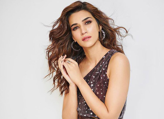 Kriti Sanon's latest look is a dazzling starry affair!