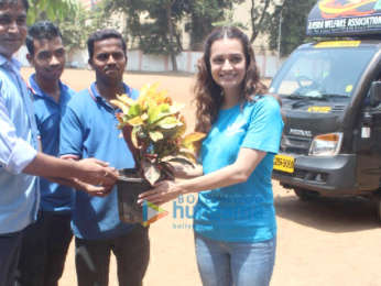 Photos: Dia Mirza celebrates World Environment Day (6)