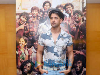 Photos: Hrithik Roshan and Mrunal Thakur snapped during 'Super 30' promotions