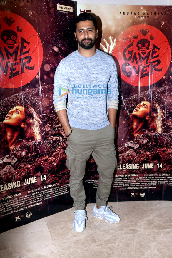 Photos Vicky Kaushal and Gulshan Devaiah grace the special screening of 'Game Over' (5)