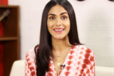 "HEARTFELT ""The BEST compliment that I received from HRITHIK is…"" Mrunal Thakur Super 30"