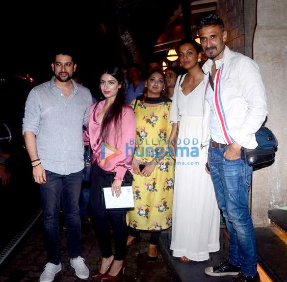 Photos Aftab Shivdasani, Nin Dusanj, Rahul Dev and Mugdha Godse snapped at Bayroute in Juhu (2)