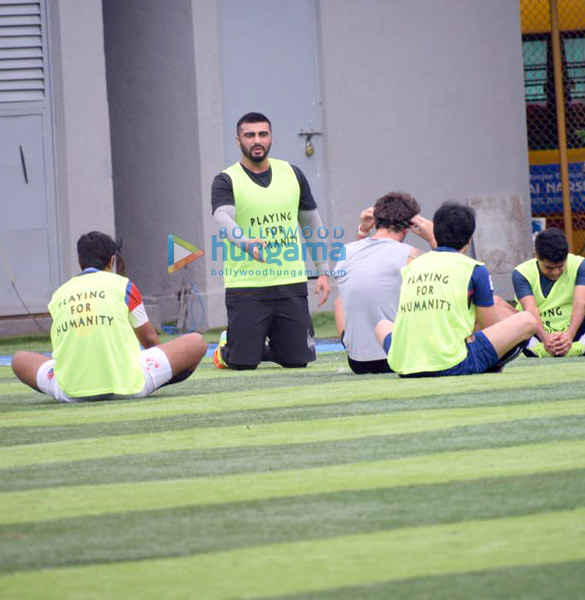 Photos Arjun Kapoor and Mahendra Singh Dhoni snapped during a football match practice (5)