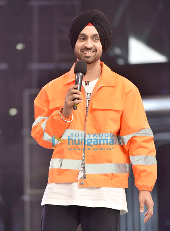 Photos Diljit Dosanjh snapped on sets of Dance India Dance (2)