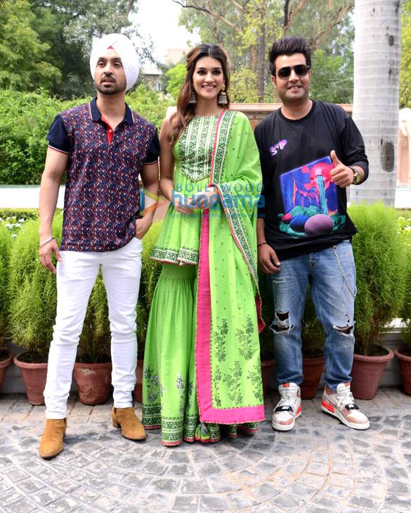 Photos: Kriti Sanon, Diljit Dosanjh and Varun Sharma snapped during 'Arjun Patiala' promotions at Imperial Hotel, New Delhi