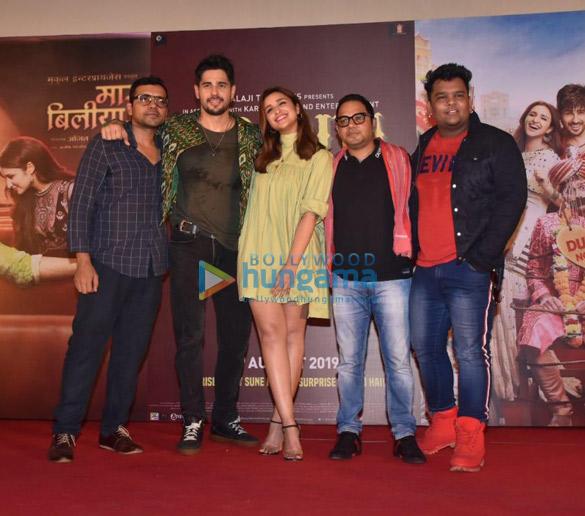 Photos Sidharth Malhotra and Parineeti Chopra grace the launch of the song 'Zilla Hilela' from their film Jabariya Jodi More (3)