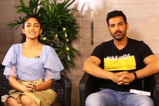 John,-Mrunal-&-Nikkhil's-ENTERTAINING-Rapid-Fire-On-SRK,-Salman,-Akshay,-Deepika-&-Hrithik