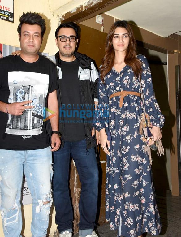 Photos Kriti Sanon, Varun Sharma and Dinesh Vijan spotted at Juhu PVR (1)