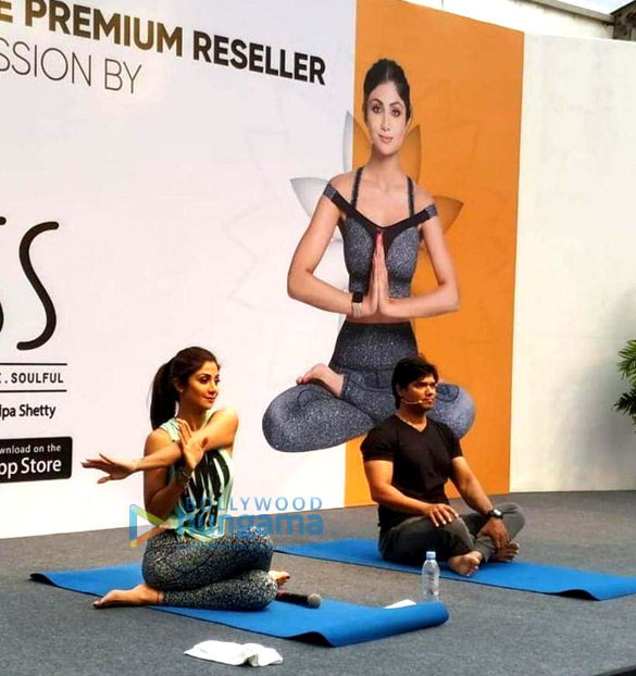 Photos Shilpa Shetty snapped post her yoga session (5)