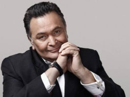Rishi Kapoor is happy to hear his song 'Main Shayar Toh Nahi' being played at a salon in New York