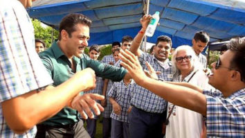 Salman Khan and Sonakshi Sinha spend time with special children in Rajasthan amidst Dabangg 3 shoot