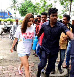 Photos: Alia Bhatt spotted on location shooting for Sadak 2 in Bandra