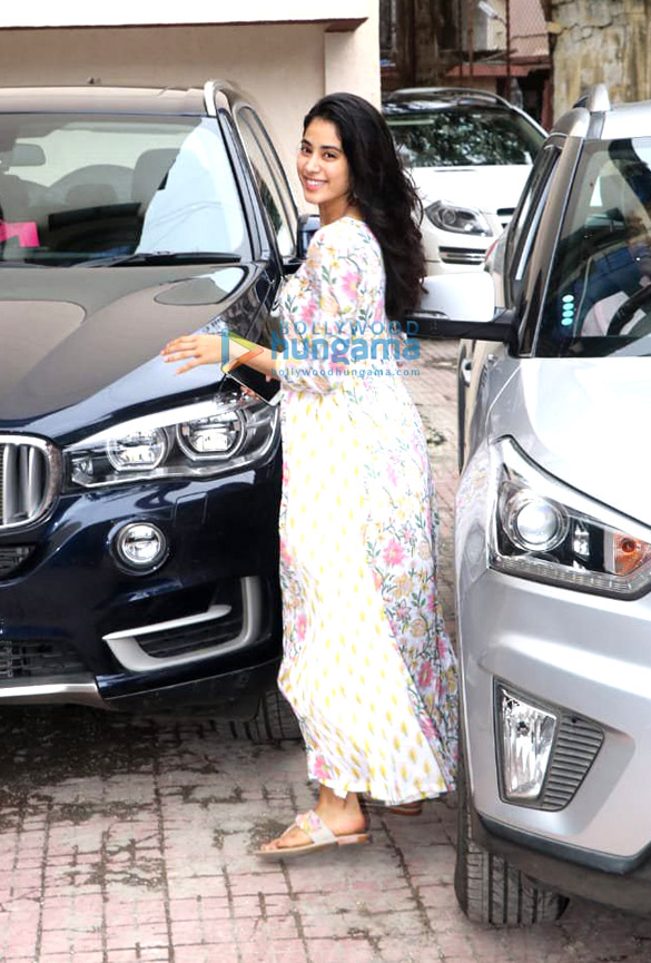 Photos Janhvi Kapoor spotted at the Pilates gym (2)
