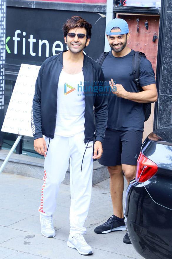 Photos: Kartik Aaryan snapped at the gym