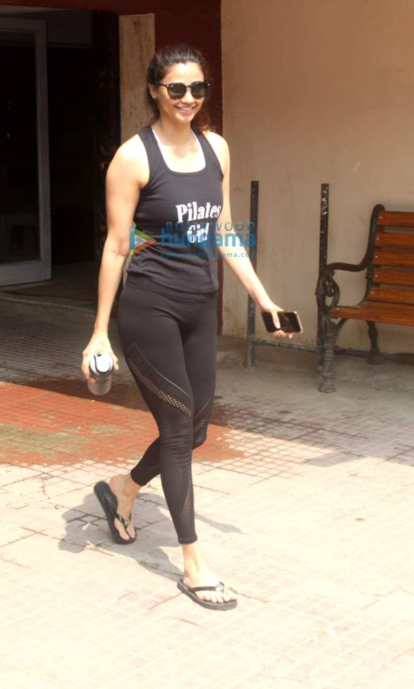 Photos: Sara Ali Khan and Daisy Shah spotted at the Pilates gym