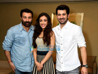 Photos: Sunny Deol, Karan Deol and Sahher Bambba snapped during Pal Pal Dil Ke Paas promotions in New Delhi