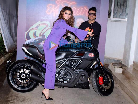 Photos Urvashi Rautela snapped at the song launch of new album 'Bijli Ki Taar' (3)
