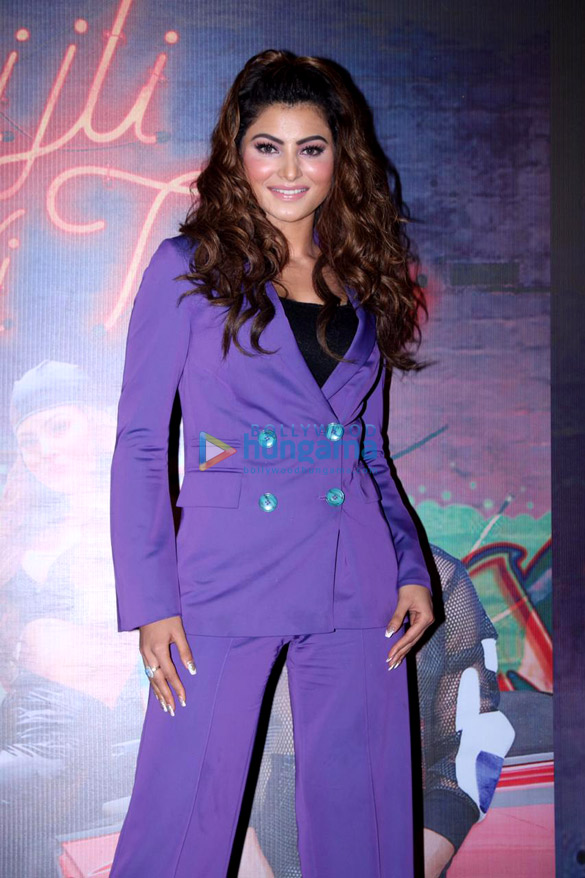 Photos Urvashi Rautela snapped at the song launch of new album 'Bijli Ki Taar'1 (4)
