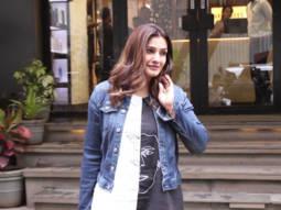 Raveena-Tandon-spotted-at-Affinity-Salon,-Juhu