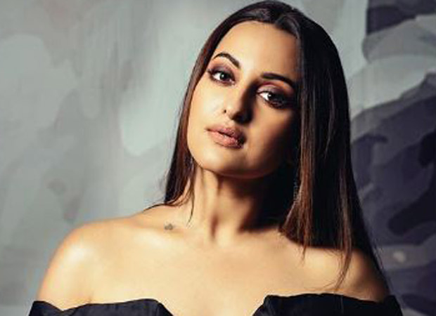 """""""Don't know where all this time flew,"""" says Sonakshi Sinha as she completes 9 years in the industry"""