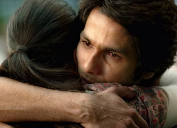 A fan spots goosebumps on Shahid Kapoor's hand mid-scene in Kabir Singh leaving him stunned