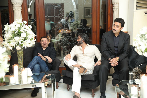 Abhishek Bachchan, Suniel Shetty, Sunny Deol and others make JP Dutta's birthday memorable