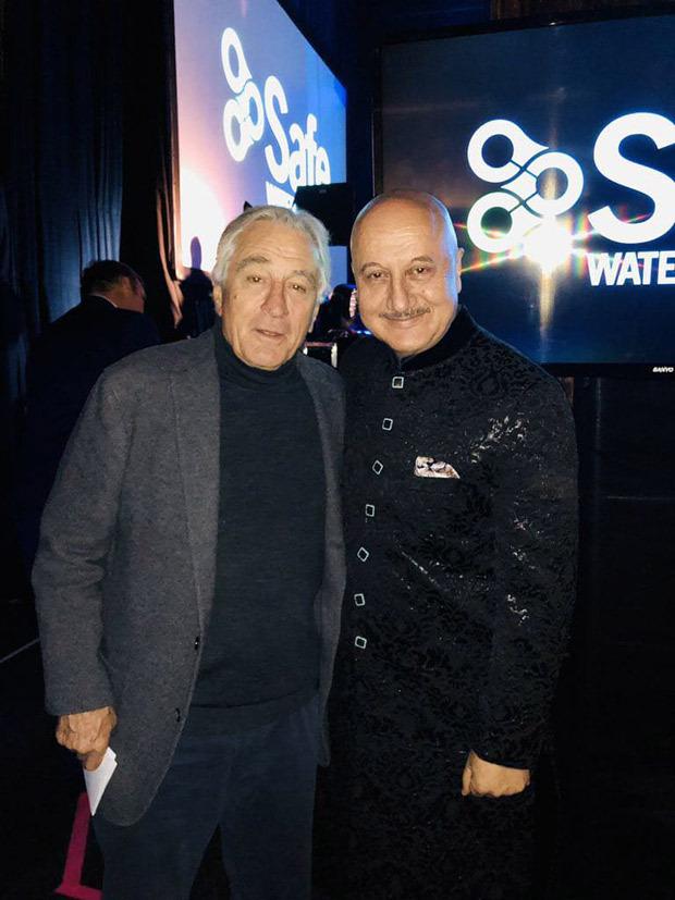 Anupam Kher meets Robert De Niro, praises his work in The Irishman and Joker