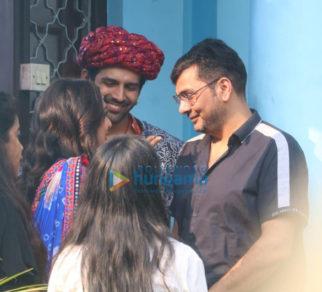 on the sets of the movie Bhool Bhulaiyaa 2