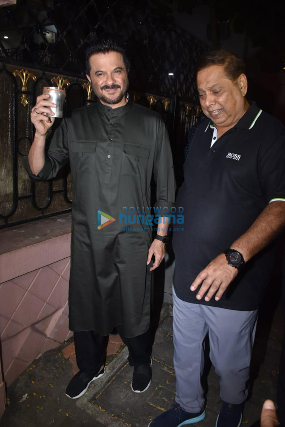 Photos Celebs snapped celebrating Karwa Chauth-121233 (2)
