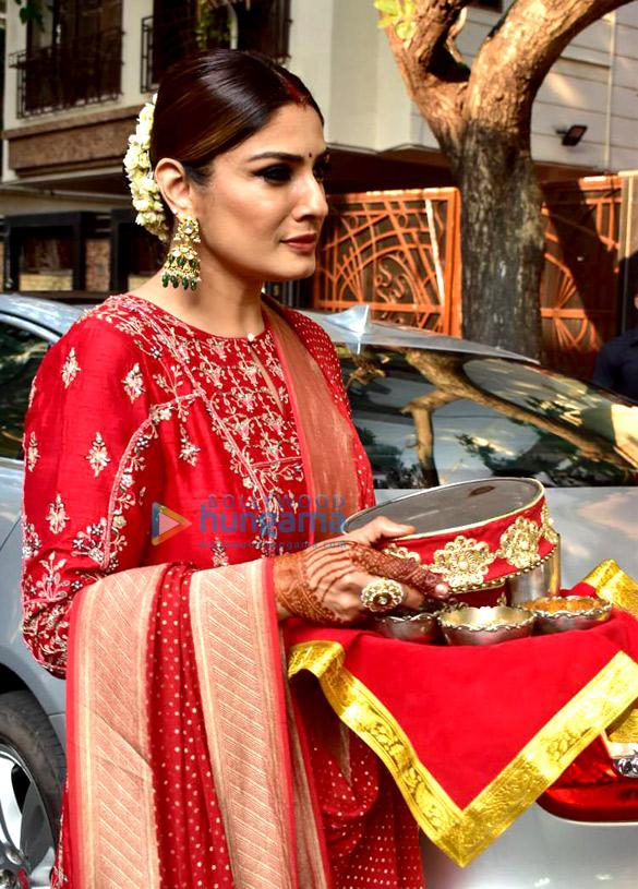 Photos Celebs snapped celebrating Karwa Chauth (6)