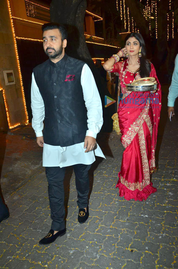 Photos Celebs snapped celebrating Karwa Chauth4 (3)