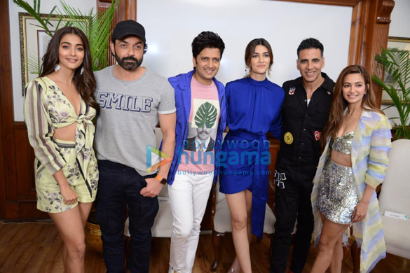 Photos Housefull 4 cast snapped during promotions at Imperial hotel in New Delhi (5)