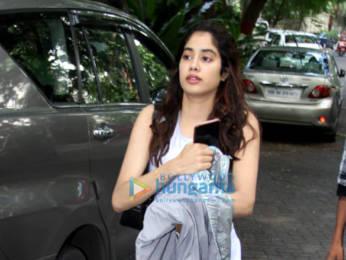 Photos: Malaika Arora, Janhvi Kapoor and Pooja Hegde spotted at the gym