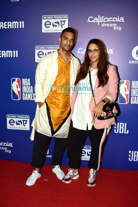 Photos Malaika Arora, Sonam Kapoor Ahuja and others grace the red carpet of NBA India Games 20192 (1)
