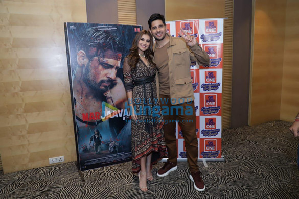 Photos Sidharth Malhotra and Tara Sutaria snapped promoting their film Marjaavaan in Ahmedabad (3)